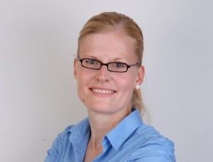 Dr. Claudia Schrader