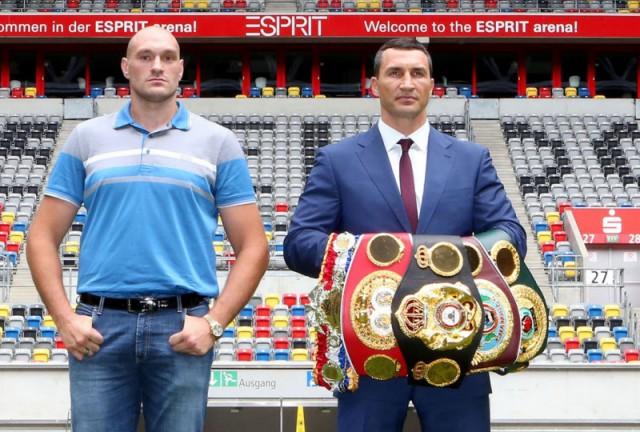 Tyson Fury (l.) und Wladimir Klitschko Foto: RTL / Mirko Hannemann